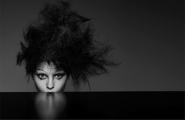 Le traitement de la chute des cheveux près des jeunes filles